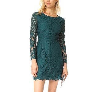 Cupcakes & Cashmere Green Spence Fitted Lace Dress